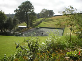 Neuadd Farm Cottages Tennis Court