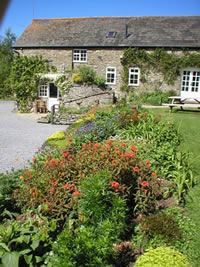 Neuadd Farm Cottages Garden