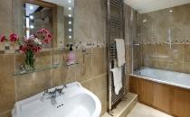 Half Pint Cottage Bathroom