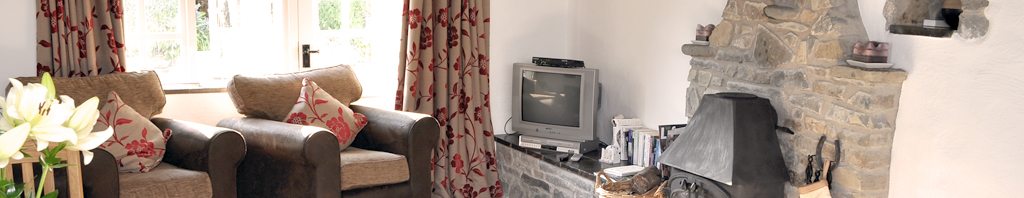 Stable Holiday Cottage Cwm Tydu near New Quay west Wales