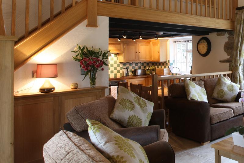 Rickyard Luxury Holiday Cottage at Neuadd Farm near New Quay West Wales