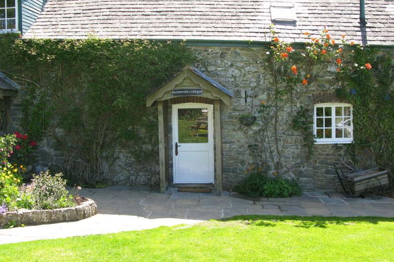 Buttermilk Cottage Exterior