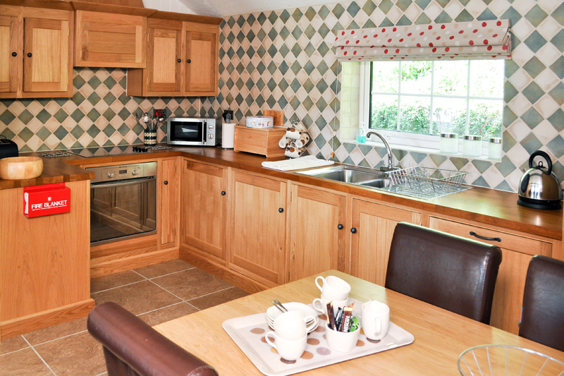 Churn Holiday Cottage Kitchen