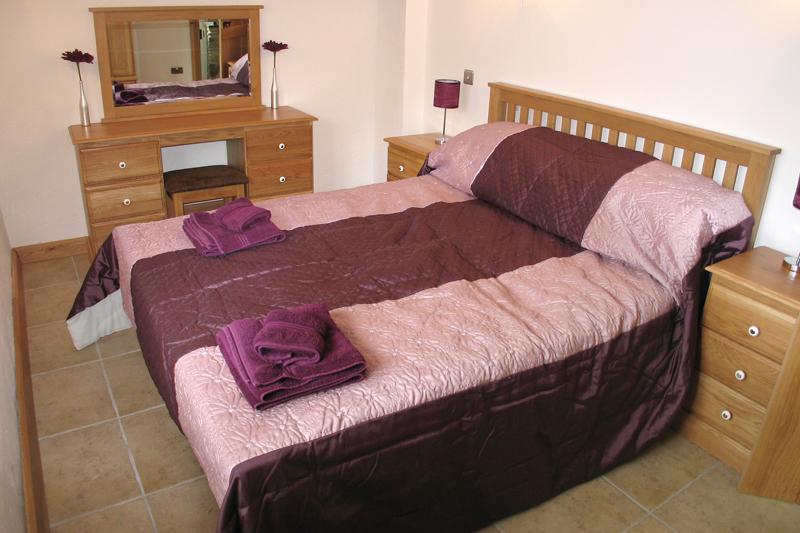 Grannies Cottage Double Bedroom