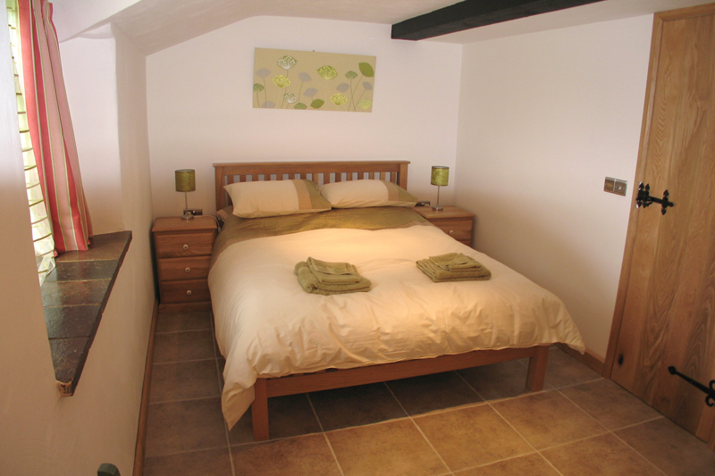 Rickyard Cottage Double Bedroom