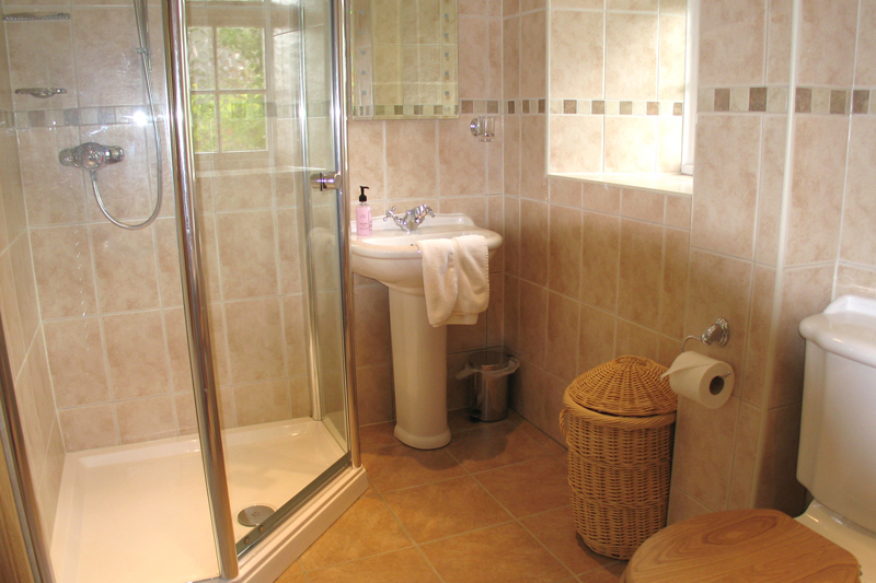 Rickyard Cottage Shower Room
